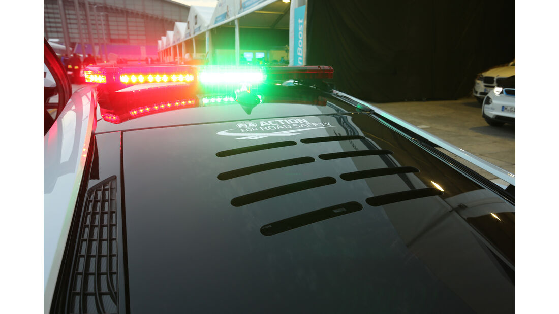BMW i8 Safety Car, Signallampen