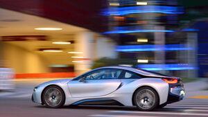 BMW i8, Seitenansicht