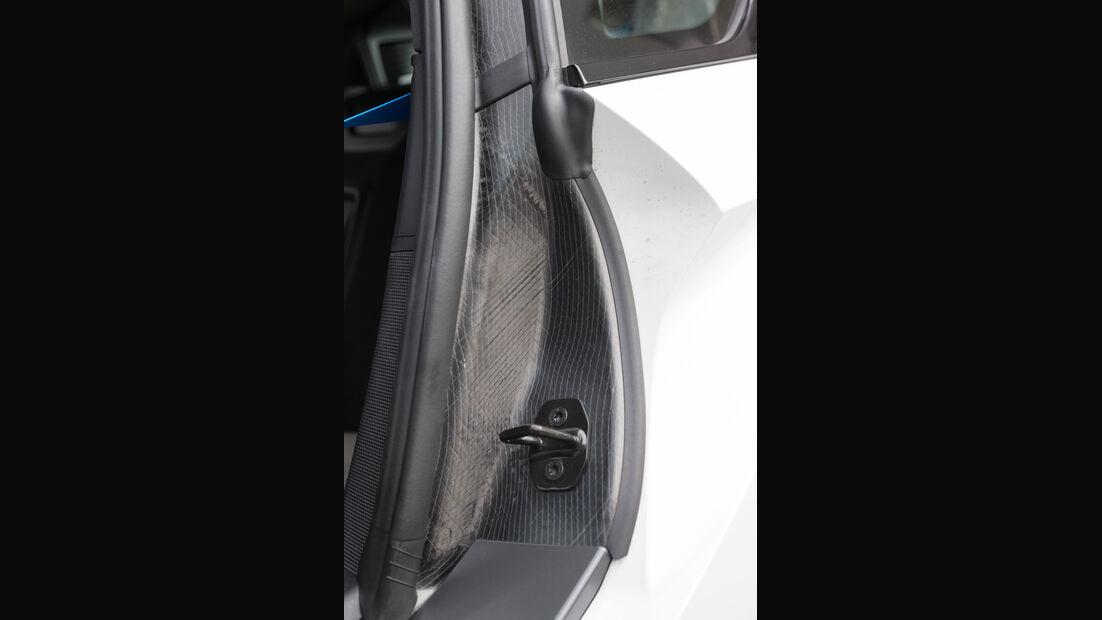 BMW i8, Türverschluss