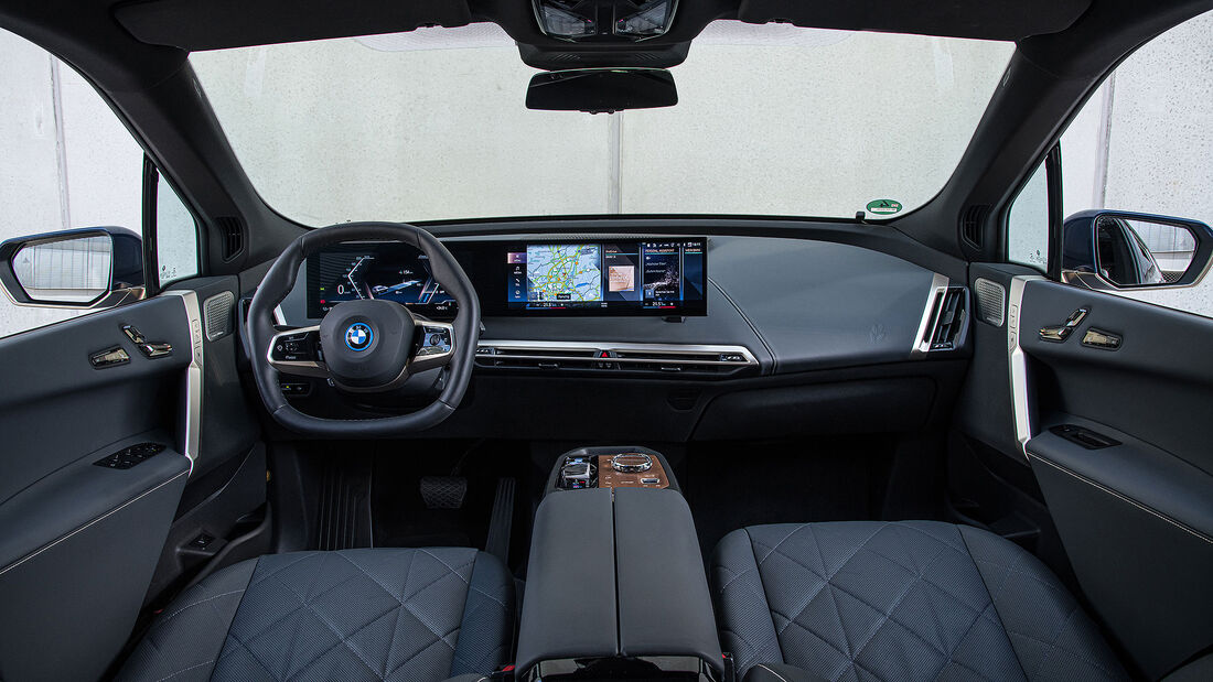 BMW iX xDrive 57