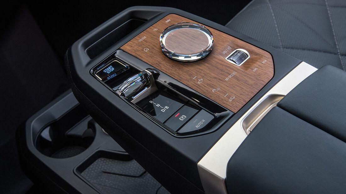BMW iX xDrive 58