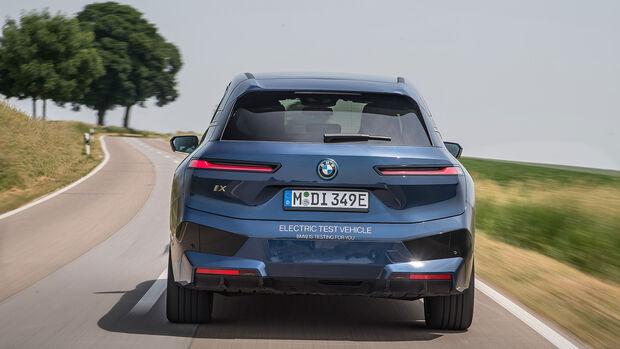 BMW iX xDrive 66