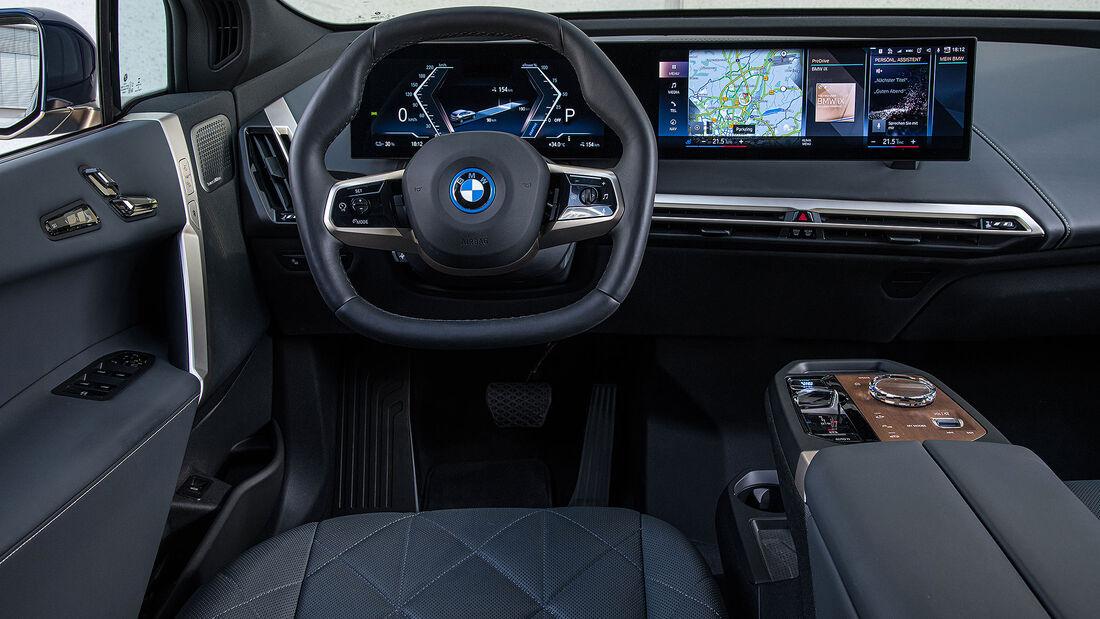 BMW iX xDrive 69