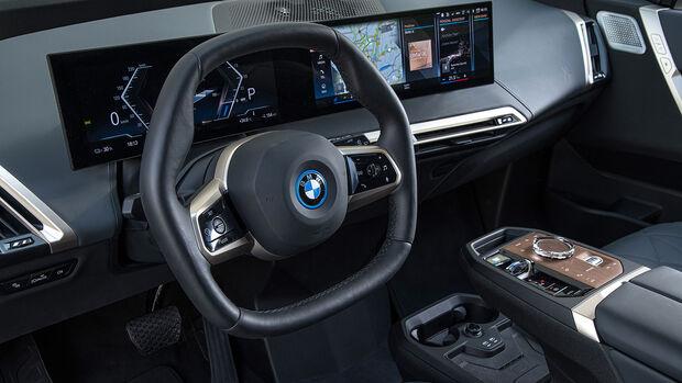 BMW iX xDrive 74