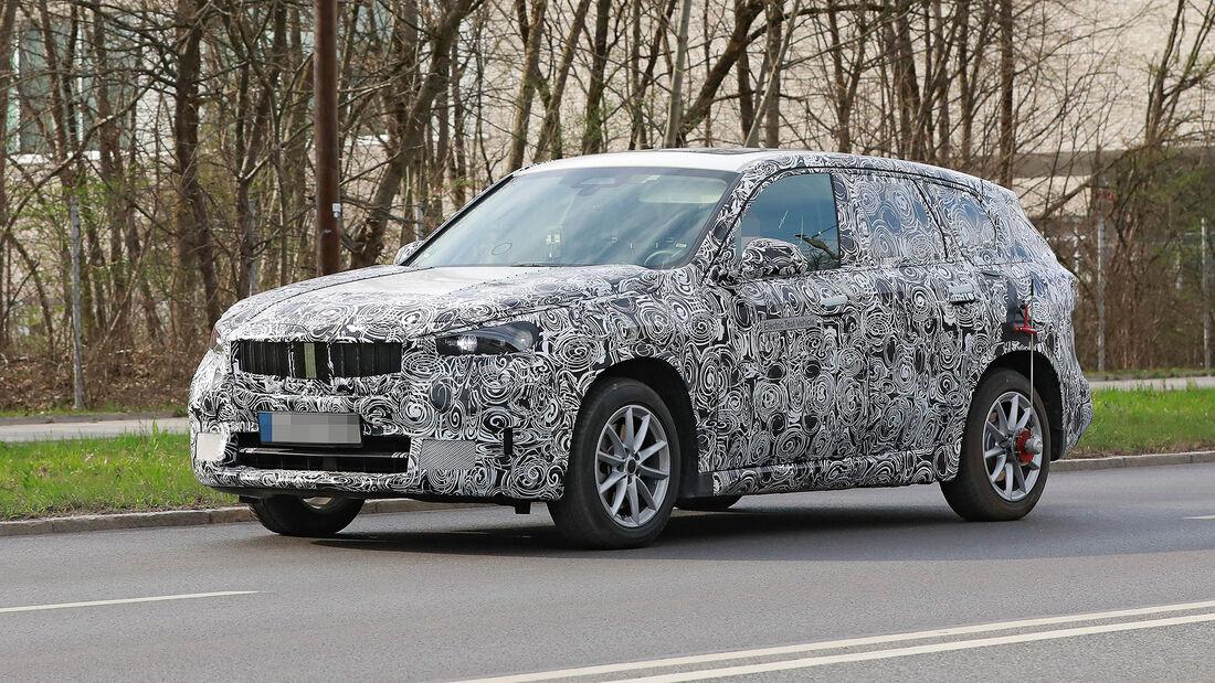 BMW iX1 Erlkönig