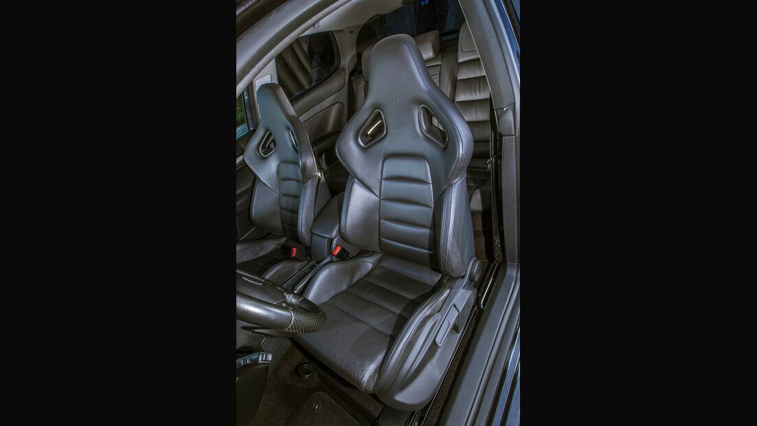 BTRS-VW Golf R32, Fahrersitz