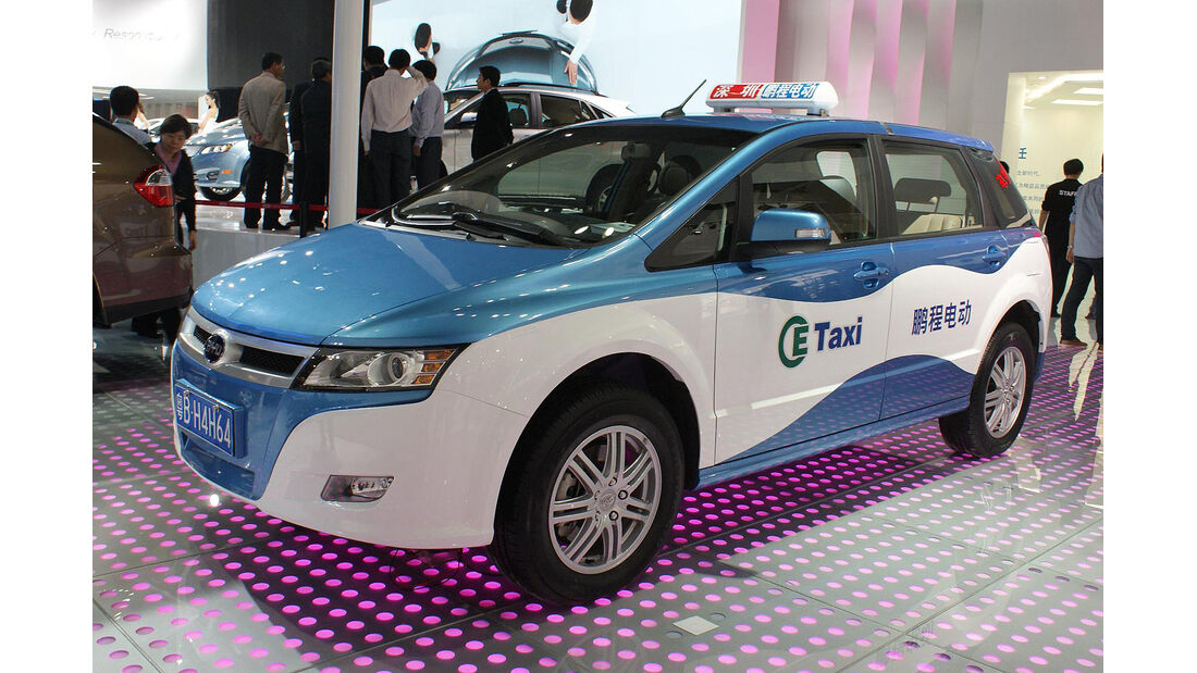 BYD e-taxi
