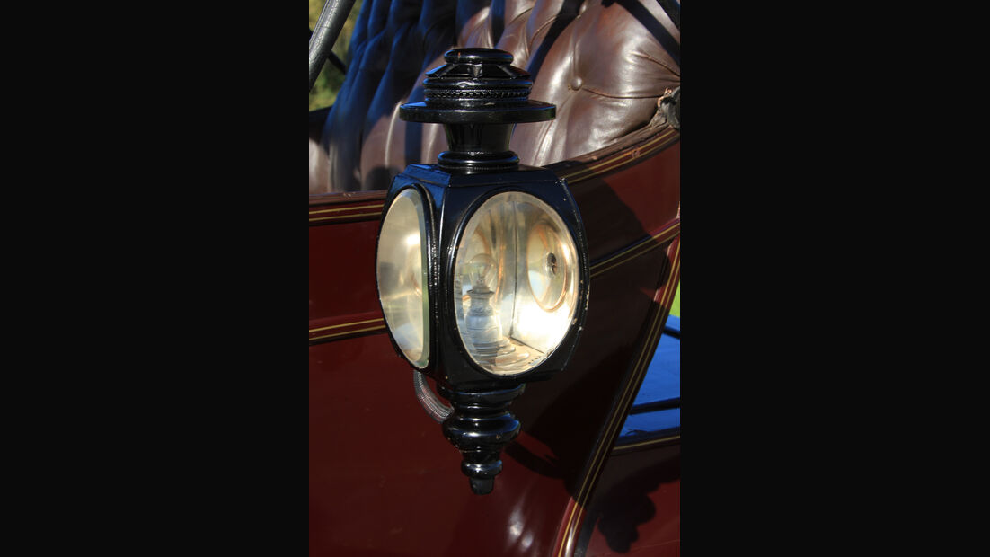 Baker Electric 1904, Gaslampe, Detail