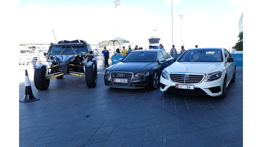 Bandrai R2F, Audi S8 & Mercedes AMG S63 - Carspotting - Abu Dhabi 2017