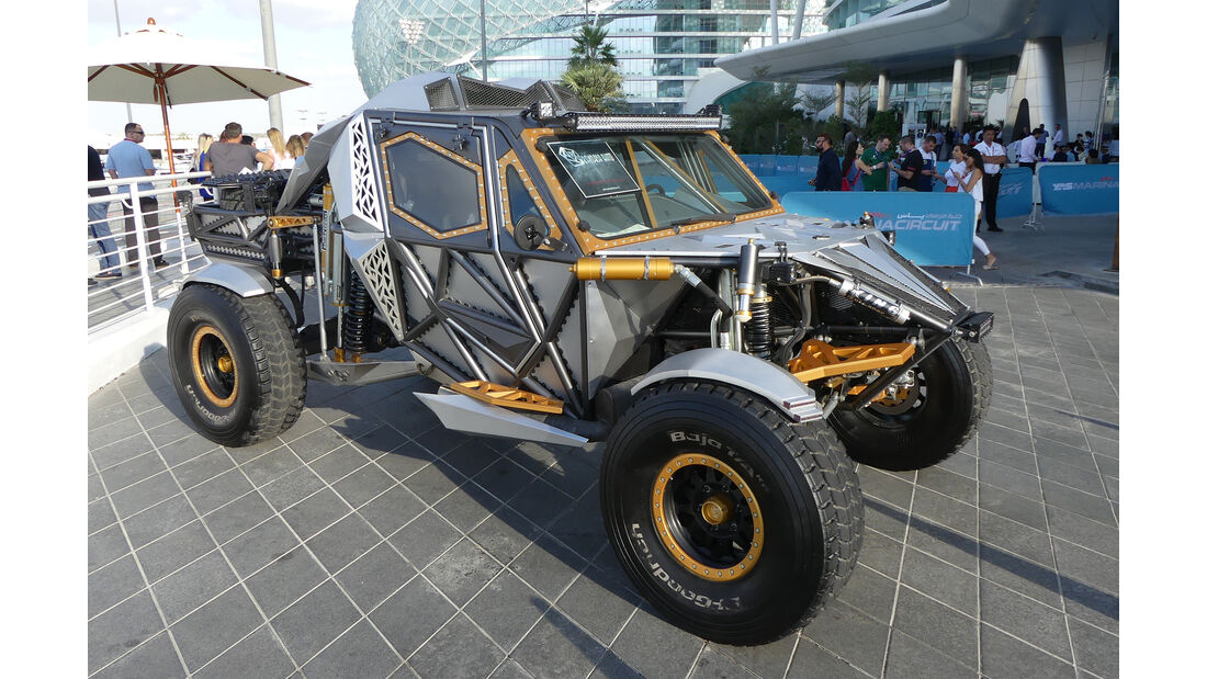 Bandria R2F - Carspotting - Abu Dhabi 2017