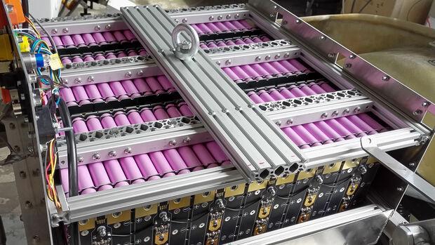Batterie-Anhänger von EP Tender