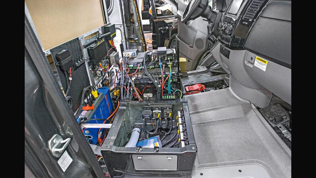 Becker JetVan, Umbau, Werkstatt