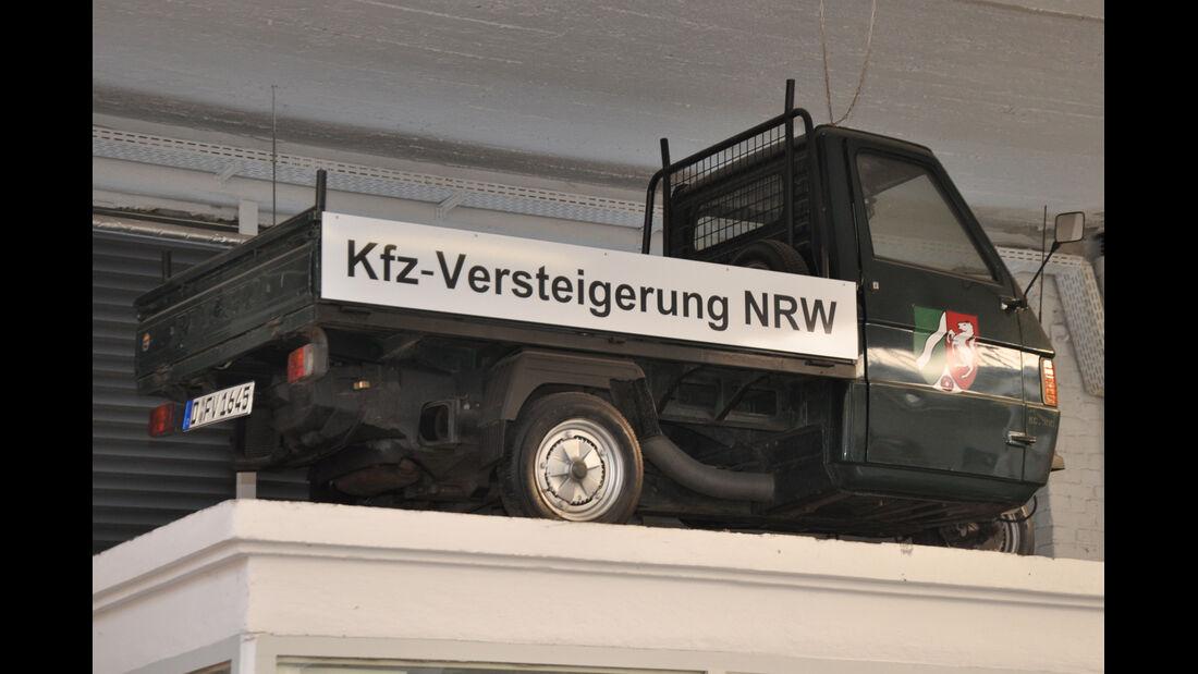 Behördenfahrzeuge, Pritschenwagen