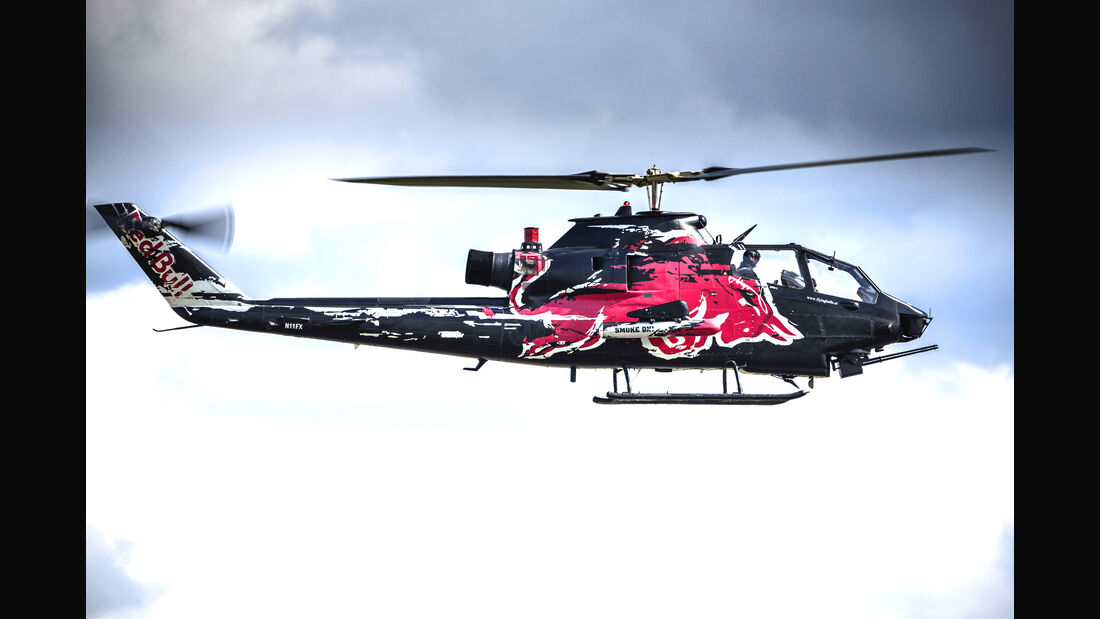 Bell-Cobra-TAH-1F - Helikopter - Red Bull