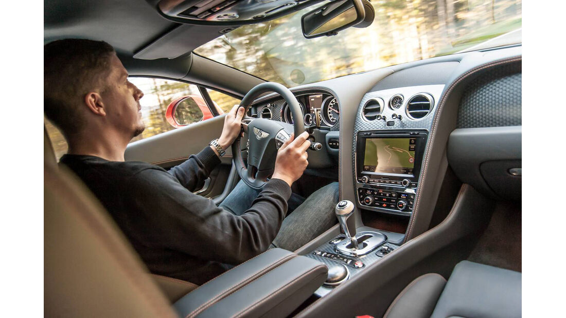 Bentley Continental GT Speed, Cockpit, Lenkrad