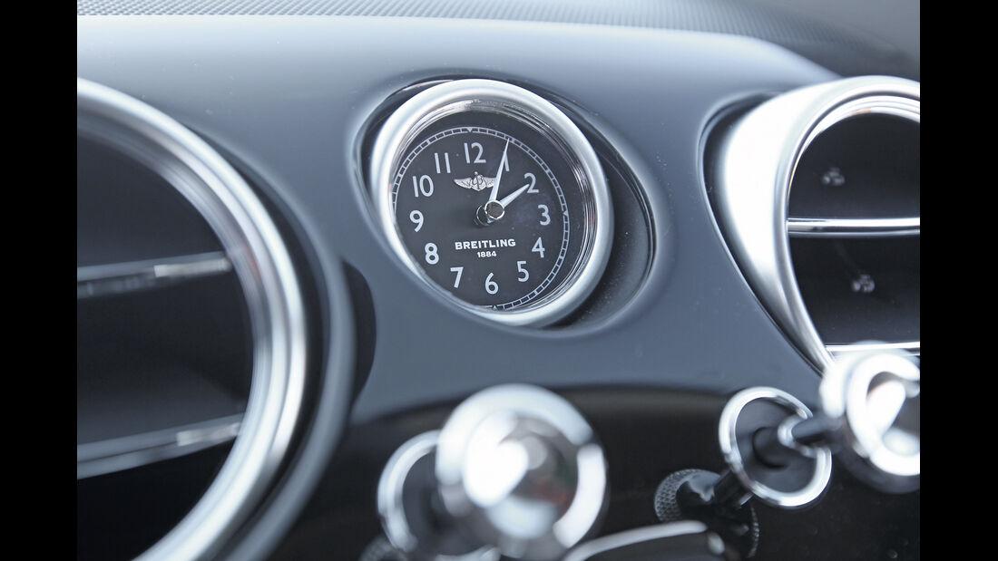 Bentley Continental GT V8, Armaturenbrett, Uhr