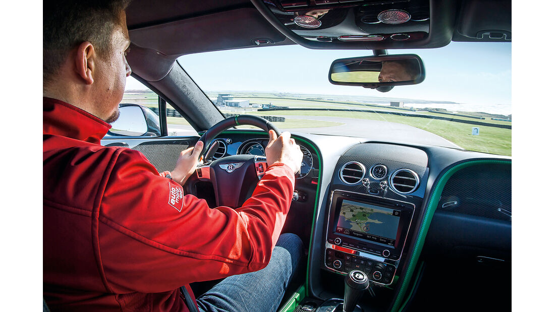Bentley Continental GT3-R, Cockpit, Fahrersicht
