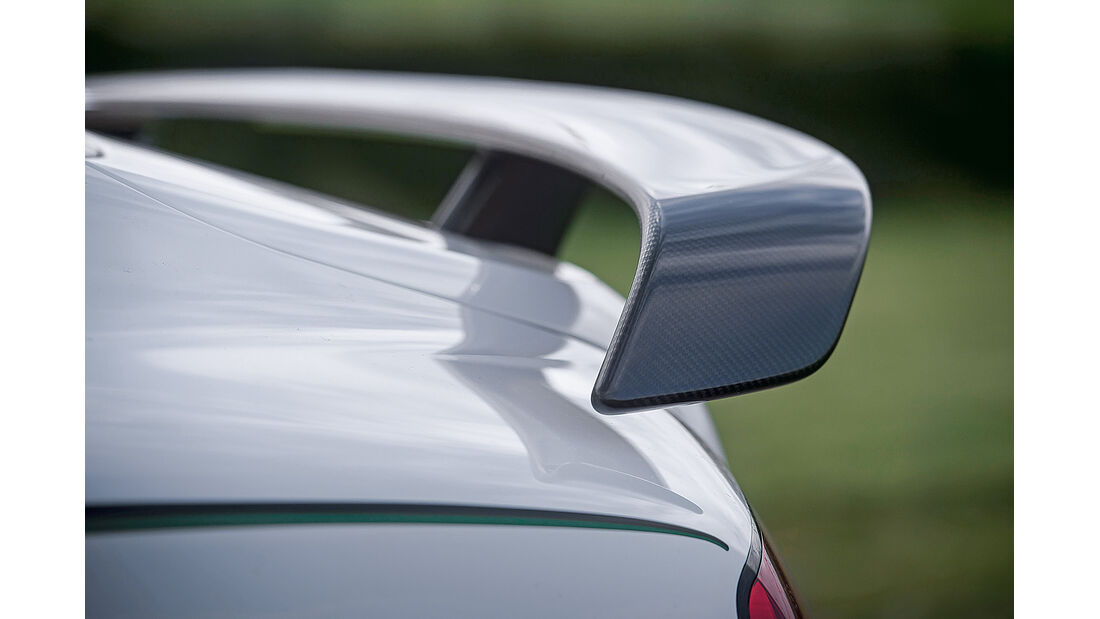 Bentley Continental GT3-R, Heckflügel