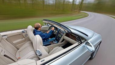 Bentley Continental GTC, Draufsicht, Innenraum