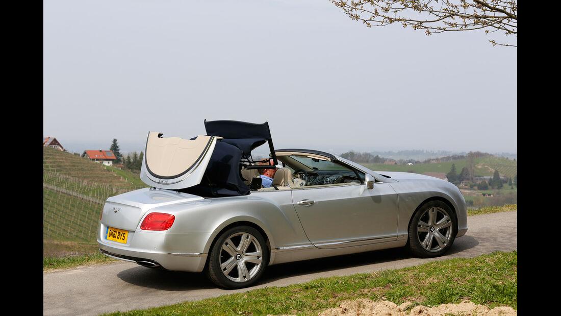 Bentley Continental GTC, Seitenansicht, Dach schließt