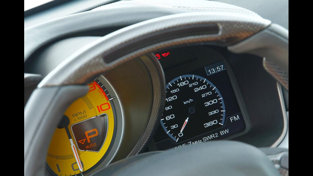 Bentley Continental Supersports, Anzeigeinstrumente
