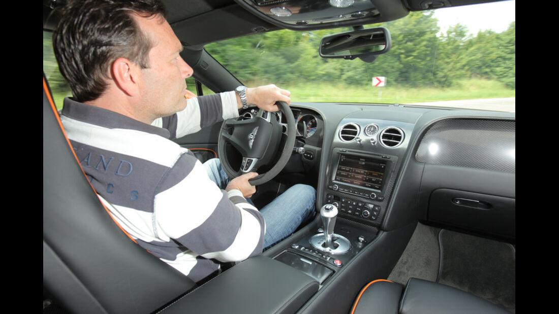 Bentley Continental Supersports, Lenkrad