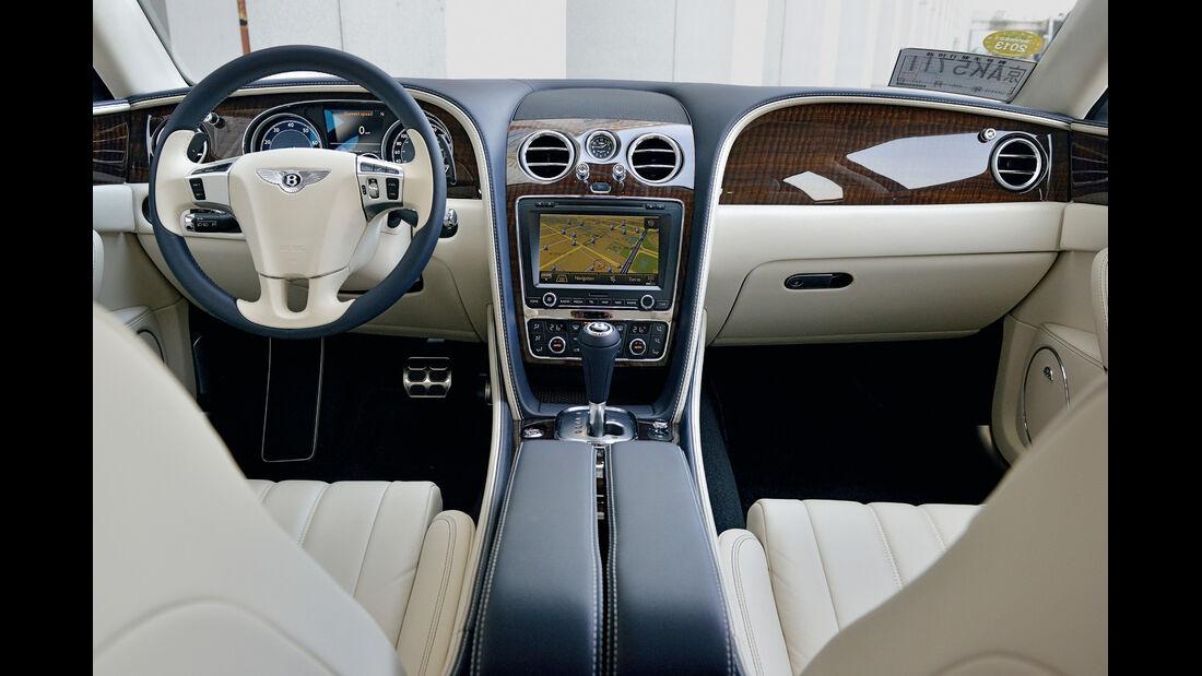 Bentley Flying Spur, Cockpit