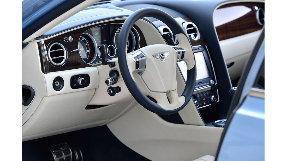 Bentley Flying Spur, Cockpit, Lenkrad