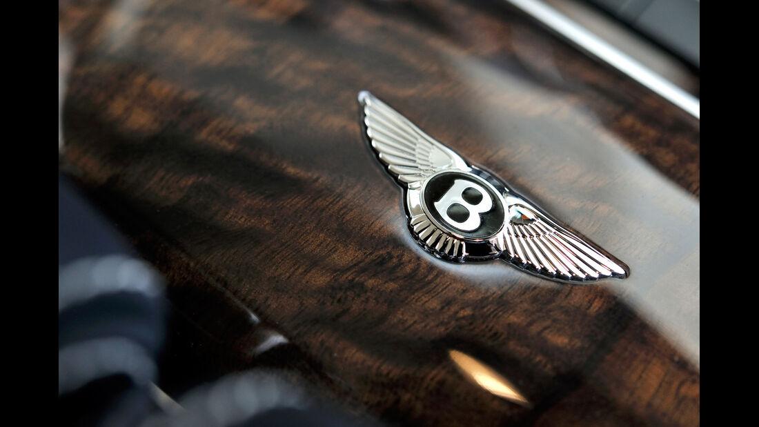 Bentley Flying Spur, Emblem