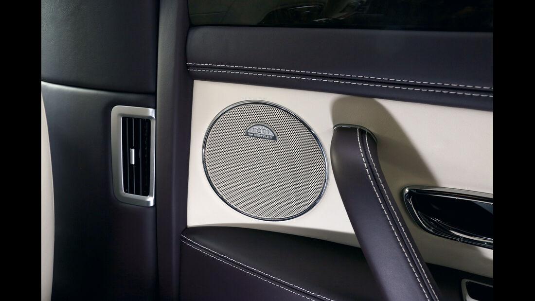 Bentley Flying Spur, Mitteltöner