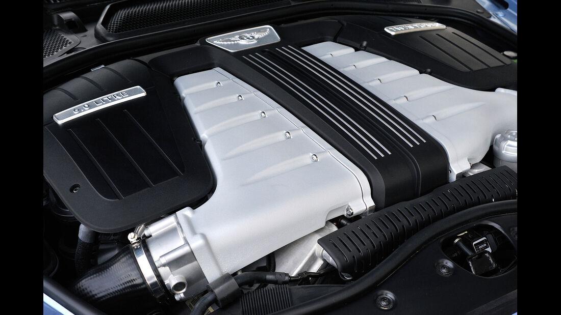 Bentley Flying Spur, Motor