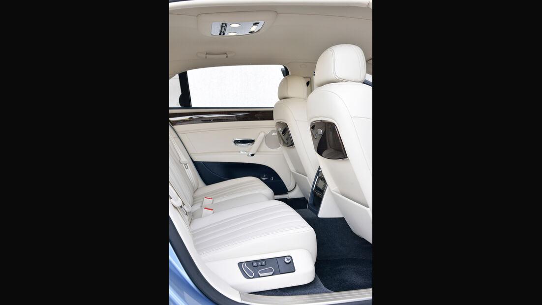 Bentley Flying Spur, Rücksitz, Beinfreiheit