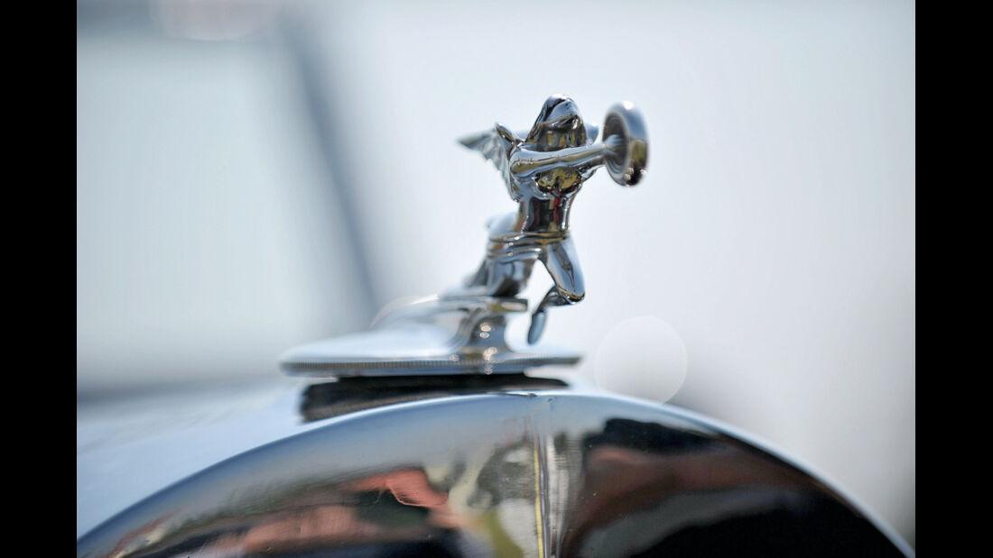 Bentley, Kühlerfigur