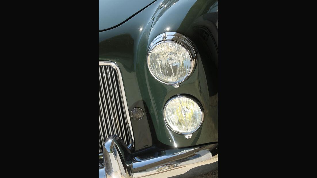 Bentley MK VI Cresta, Frontscheinwerfer