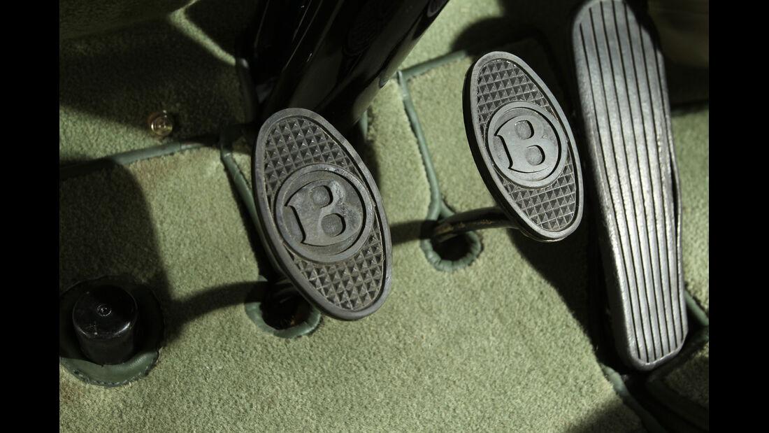 Bentley MK VI Cresta, Pedalerie