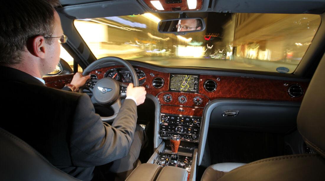 Bentley Mulsanne, Cockpit, Fahrer, Fahrt
