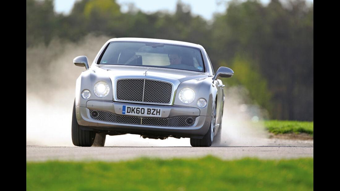 Bentley Mulsanne, Fahrt, Frontansicht
