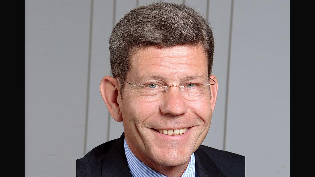 Bernhard Mattes, Ford