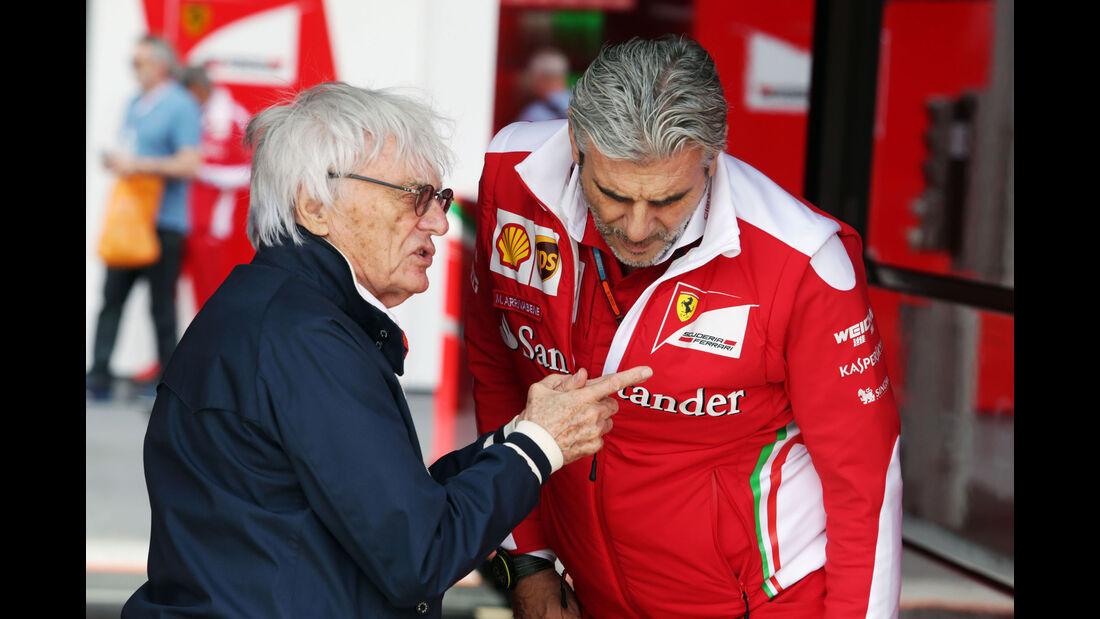 Bernie Ecclestone - Maurizio Arrivabene - GP England - Silverstone - Qualifying - Samstag - 9.7.2016