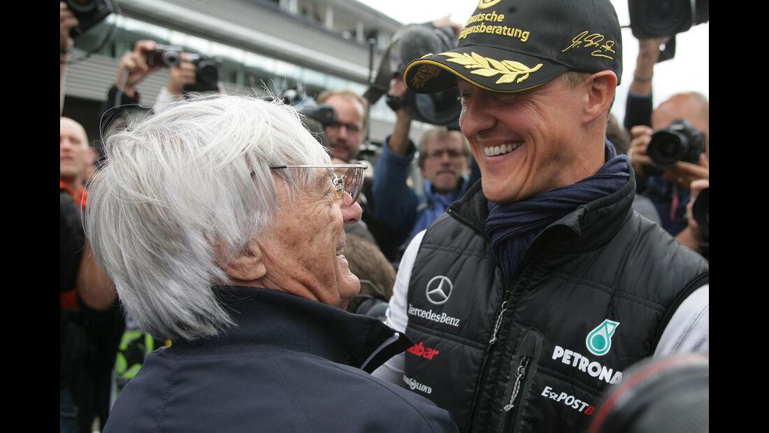 Bernie Ecclestone - Michael Schumacher - Formel 1 2011