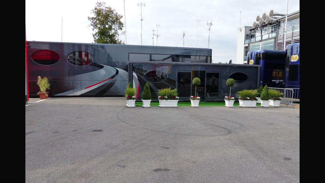 Bernie Ecclestone - Motorhome - GP Italien - Monza - Donnerstag - 3.9.2015