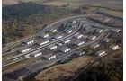 Bilster Berg Drive Resort, Luftaufnahme, Boxenhallen