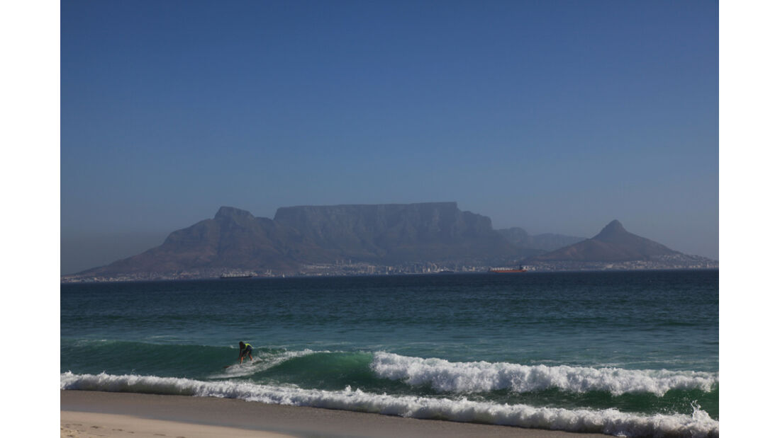Blick auf Kapstadt mit Tafelberg