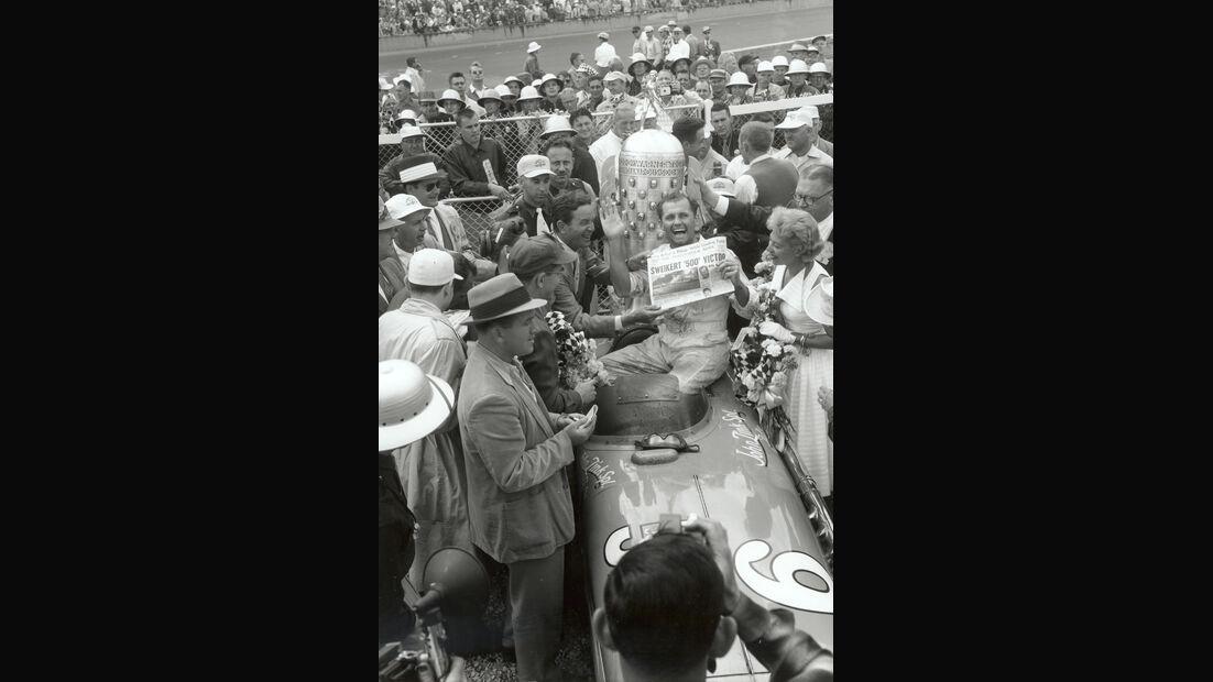 Bob Sweikert - Indy 500 - 1955 - Motorsport