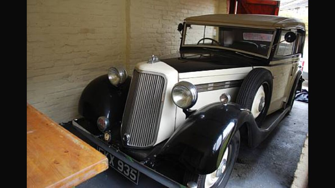 Bonhams, RAF Museum Hendon, Auktion