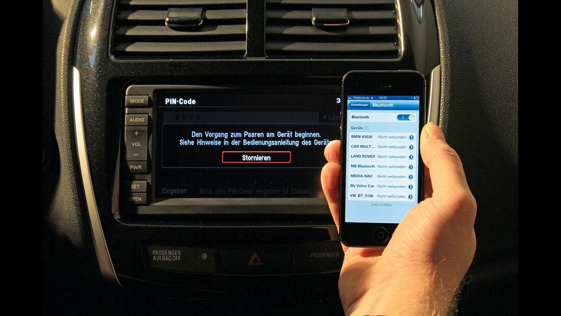 Bordcomputer, iPhone, Monitor
