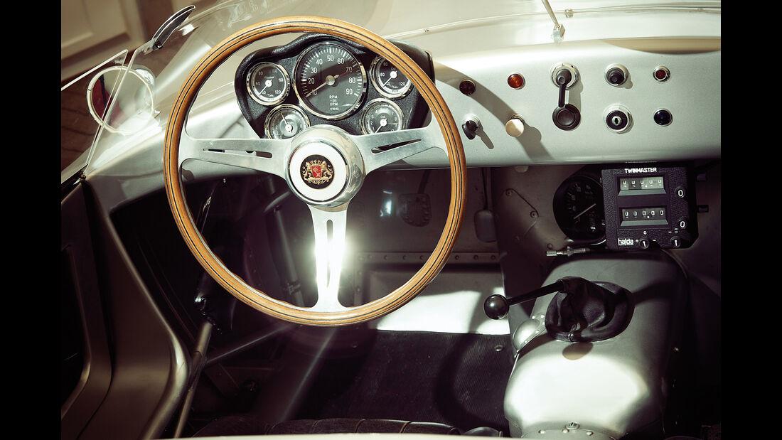Borgward RS 1500, Cockpit