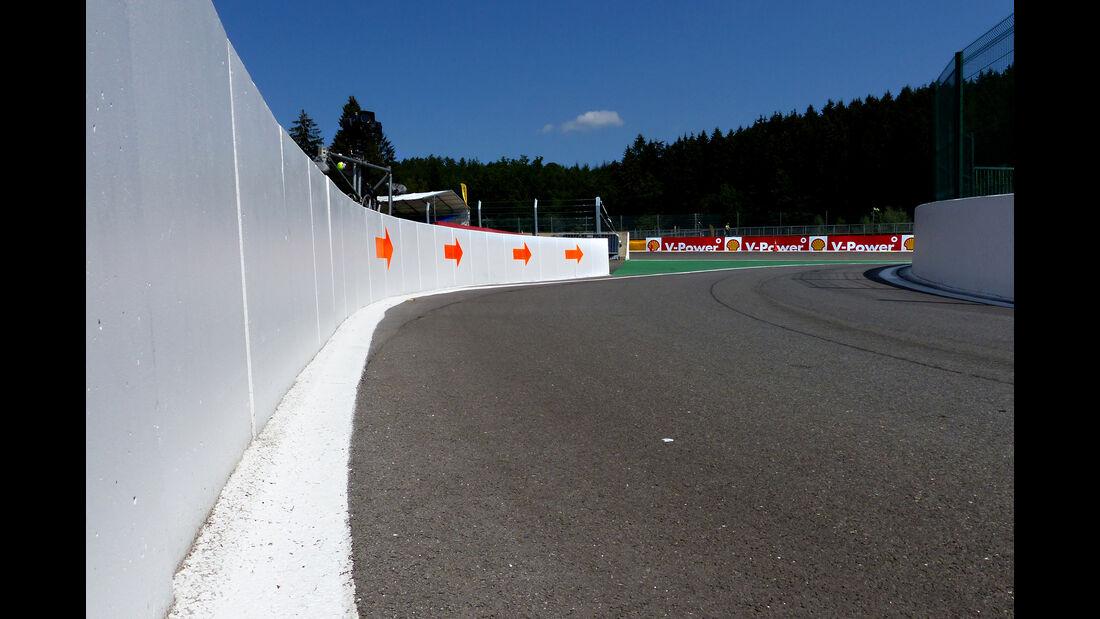 Boxen-Exit - Formel 1 - GP Belgien - Spa-Francorchamps - 20. August 2015