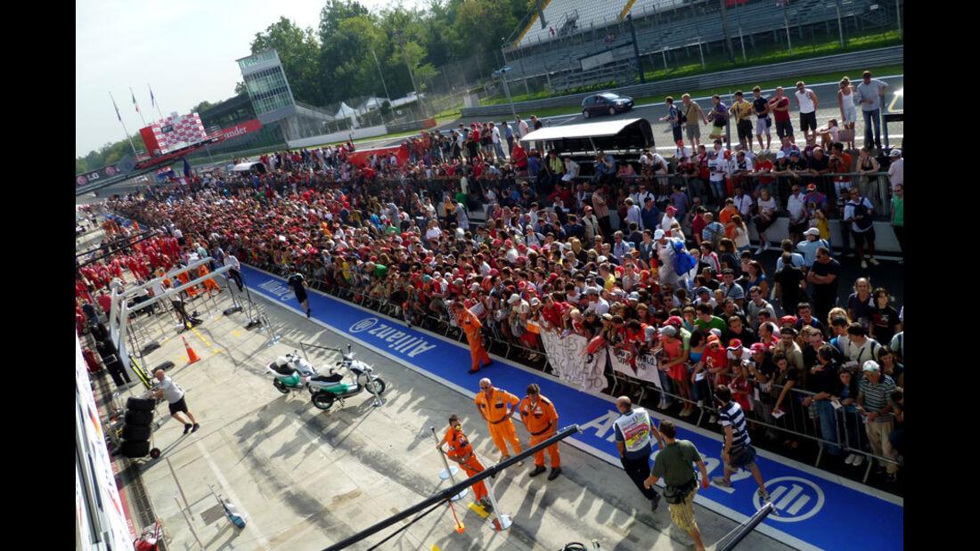 Boxengasse Fans GP Italien 2011