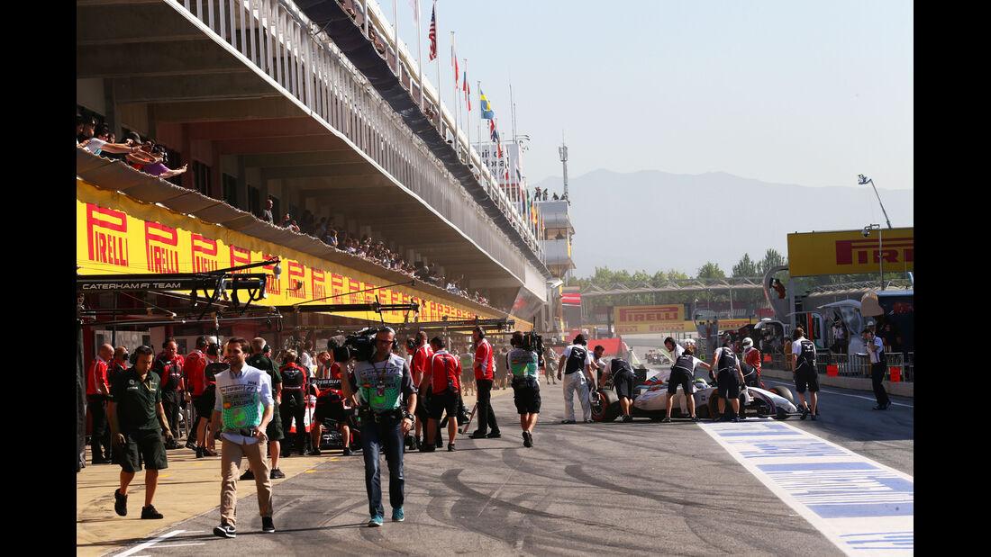 Boxengasse - Formel 1 - GP Spanien - Barcelona - 9. Mai 2014